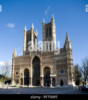 The main facade of Lincoln Cathedral, one of England's finest buildings. - Stock Image