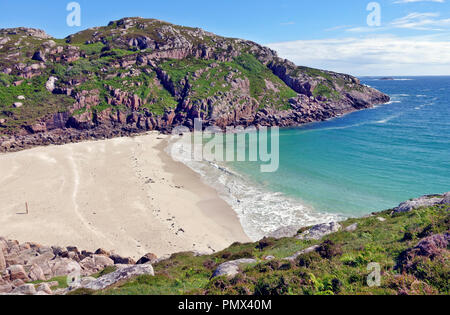 White Sandy beach locally known as 'Balfour's Bay on the Isle of Erraid a tidal island in the Inner Hebrides of Scotland - Stock Image