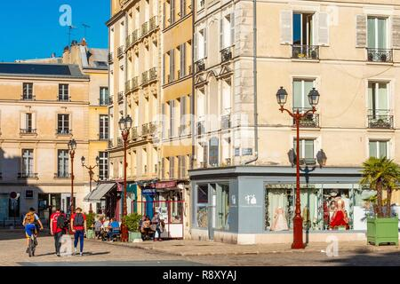 France, Yvelines, Versailles, Saint Louis Cathedral Square - Stock Image