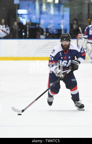 Melbourne, Australia. 21st June 2019, O'Brien Group Arena, Melbourne, Victoria, Australia; 2019 Ice Hockey Classic, Canada versus USA; Josh Harris of USA brings the puck through the midfield Credit: Action Plus Sports Images/Alamy Live News - Stock Image