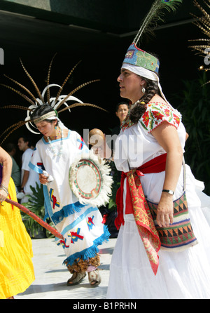 Mexican Dancers at a Traditional Aztec Festival at the National Museum of Anthropology in Mexico City, Chapultepec - Stock Image