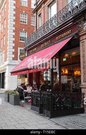Richoux Cafe Restaurant on South Audley Street, Mayfair, London, England, UK - Stock Image