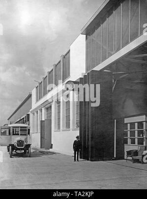 Hangar at the Berlin-Tempelhof Airport. - Stock Image