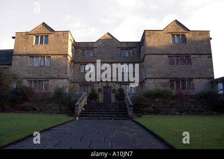 Hall at Eyam is the famous plague village which went into voluntary quarantine when the plague was imported from - Stock Image