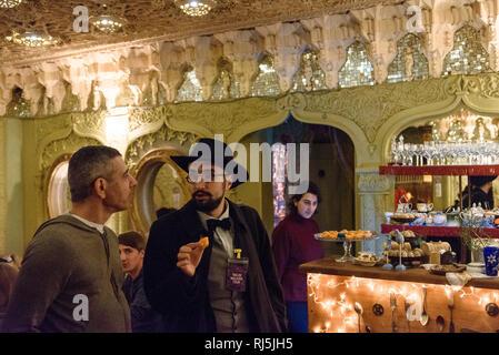 In einem Cafe in Tiflis, der Hauptstadt von Georgien - Stock Image