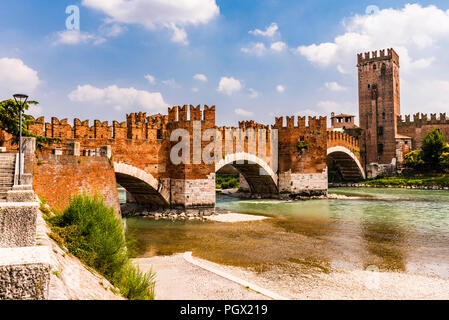 The Ponte Castelvecchio over the River Adige in Verona, Italy - Stock Image