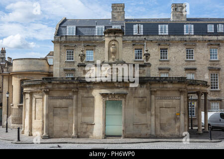 The outside of The Cross Bath thermal spa in the city of Bath - Stock Image