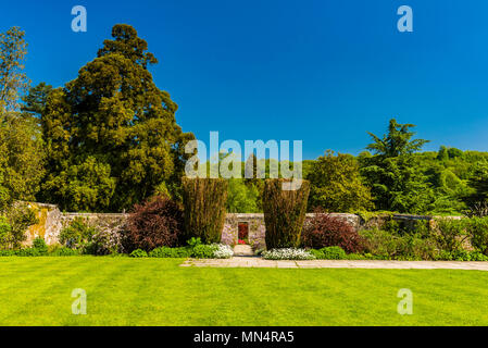 Blue skies and green lawn at Chartwell, Kent, UK - Stock Image