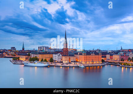 Scenic aerial night view of Riddarholmen, Gamla Stan, in the Old Town in Stockholm, capital of Sweden - Stock Image
