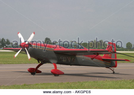 Royal Jordanian Falcons Rivolto Italia Air show 2005 Walter Extra EA300S Jordan Air Force - Stock Image