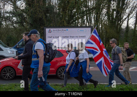 Buckinghamshire, United Kingdom. 28 March 2019. The pro Brexit campaign 'March for Leave' makes it way through Buckinghamshire after setting off from Aylesbury led by Leave Means Leave chairman John Longworth. Credit: Peter Manning/Alamy Live News - Stock Image