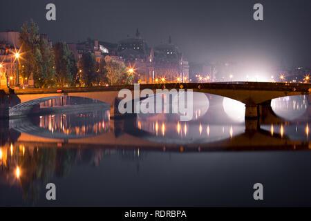 Night Seine in Paris, France - Stock Image