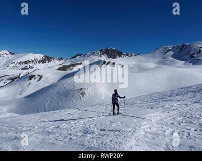 Snowshoeing near Col de Longet, Parc regional du Queyras, French Alps - Stock Image