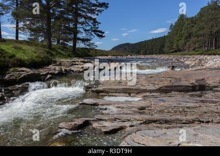 The River Dee flowing through the Linn O Dee, Aberdeenshire, Scotland, UK. - Stock Image