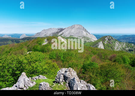 Spring landscape with Anboto mountain in Urkiola from Orixol - Stock Image