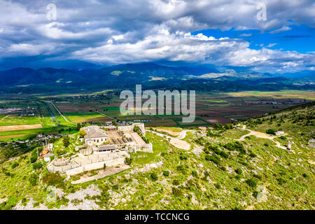 Aerial view of Lekuresi Castle in Saranda, Albania - Stock Image