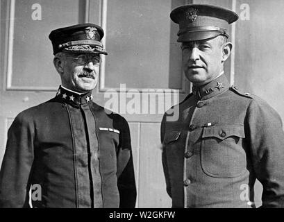 Brig. Gen. Churchill, U.S.A. and Admiral Knapp, U.S.N ca. 1918-1919 - Stock Image