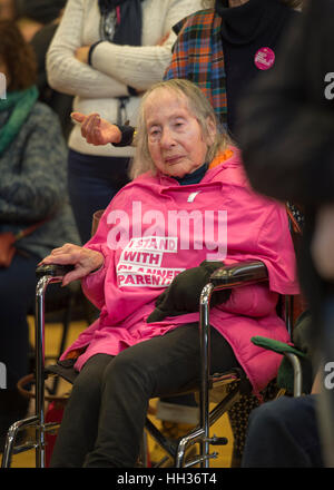 New York, USA. 15th Jan, 2017. In wheelchair, Pearl Berger, 97, of Amityville, who has breast cancer and Parkinson's - Stock Image