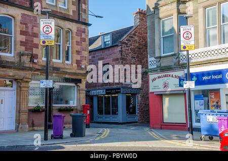 Signs giving notification of a Pedestrian Zone in Kirriemuir in Scotland, UK. - Stock Image