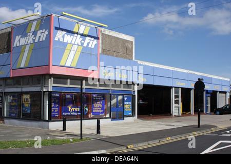 Kwik-Fit, Monkwearmouth,Sunderland - Stock Image