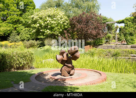 Sculpture and gardens in Queen's Park, central Swindon, Wiltshire, England, UK - Stock Image