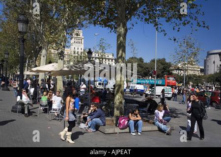 Spain Barcelona Plaza de Catalunya Cafe Zurich people - Stock Image