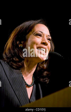 Kamala Harris, Obama's California Co Chairman, talks to the California Democratic Party Convention in San Jose, - Stock Image