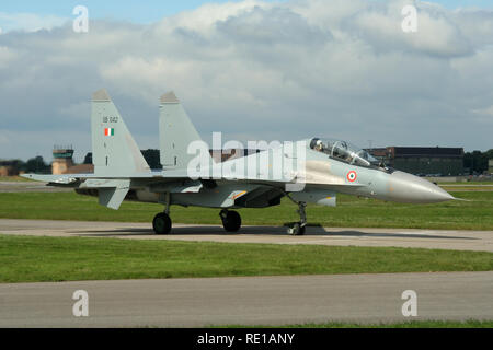 Indian Air Force Sukhoi Su-30 MKI taxiing out at RAF Waddington during Exercise Indra Dhanush 07. The first deployment of the type to the UK. - Stock Image