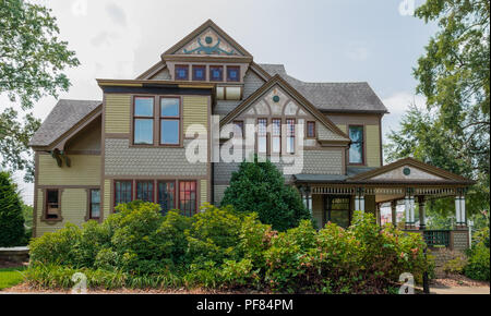 HICKORY, NC, USA-19 AUG. 2018: The Harper house  was built in 1887, and is considered one of the finest examples of Queen Anne design in the state. - Stock Image