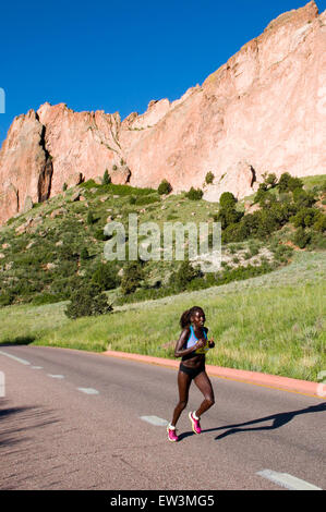 Lead Woman in Garden of the Gods 10 Mile Run - Stock Image