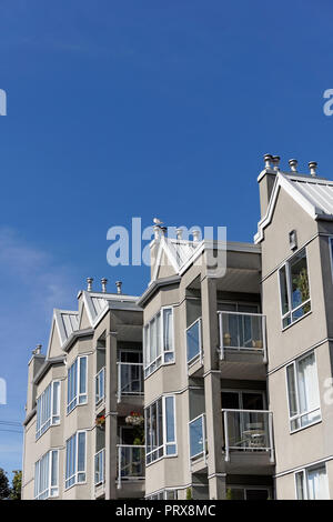 Residential building in the Kitsilano neighborhood of Vancouver, BC, Canada - Stock Image