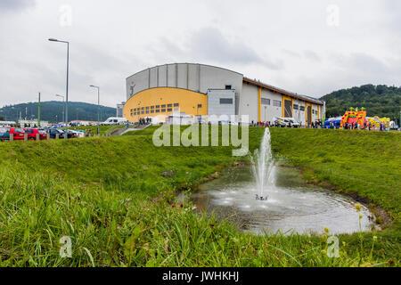 Bielsko-Biala, Poland. 12th Aug, 2017. International automotive trade fairs - MotoShow Bielsko-Biala. Fountain on the field. Credit: Lukasz Obermann/Alamy Live News - Stock Image