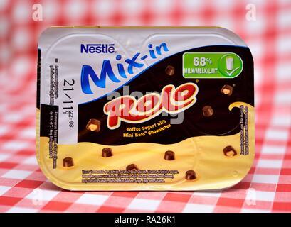 Nestle Rolo Dessert retail pack - Stock Image