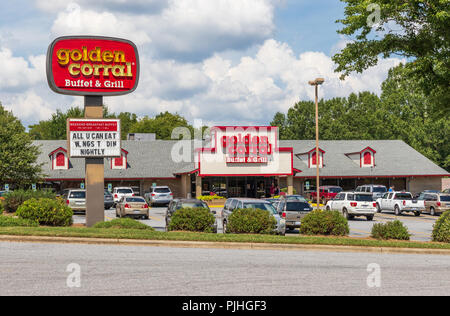 HICKORY, NC, USA-9/6/18: A local Golden Corral is one of a privately owned chain of  buffet-style restaurants, headquartered in Raleigh, NC. - Stock Image