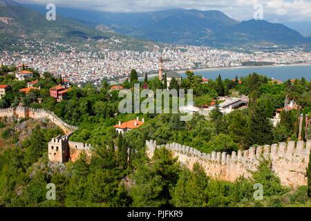 Turkey, province of Antalya, Alanya, ramparts and new city - Stock Image