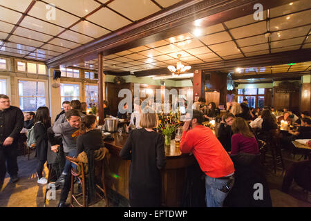 The Royal Oak pub in Columbia Road London Britain - Stock Image