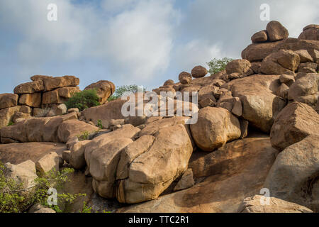 The rocky landscape around Hampi, India - Stock Image