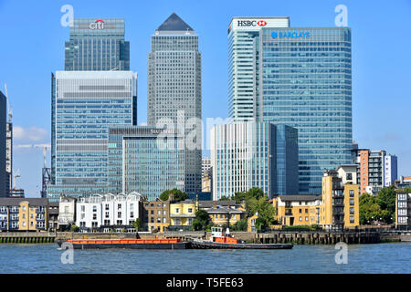 Modern landmark skyscraper building on Canary Wharf London Docklands skyline in financial banking district HQ bank office for Barclays HSBC England UK - Stock Image