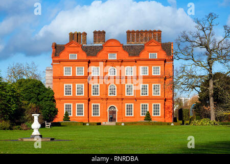 Kew Palace where the Royal family used to stay when visiting Kew Gardens, London, England, UK. - Stock Image