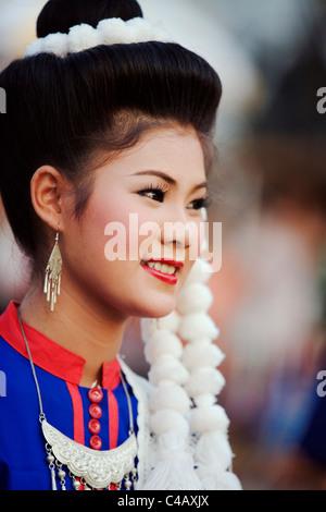 Thailand, Sakhon Nakhon, Sakhon Nakhon. Phu Thai dancer at the Wax Castle festival. - Stock Image