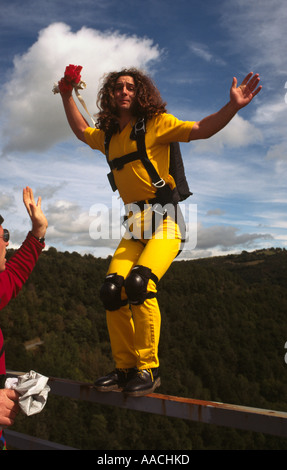 PICTURE CREDIT DOUG BLANE BASE Jumping off Viaduc des Fades France - Stock Image
