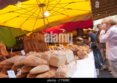 Bakers stall selling bread at  Borough Market, Southwark, London - Stock Image