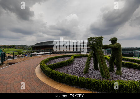 General view No.1 Court from the roof of the media centre at The All England Lawn Tennis Club, London. - Stock Image