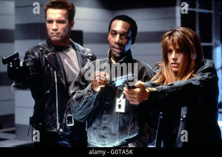 Arnold Schwarzenegger, Joe Morton and Linda Hamilton / Terminator 2 : Judgment Day / 1991 directed by James Cameron - Stock Image