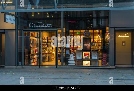 Hotel Chocolat shopfront, One New Change, Cheapside, London, England, UK - Stock Image