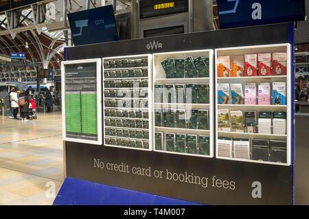 Train timetables at Paddinton Station, London - Stock Image