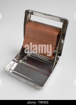 Vintage Rizla Cigarette Rolling Machine - Stock Image