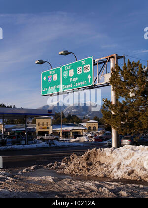 Traffic signs to Grand Canyon, Los Angeles. Flagstaff, Arizona, Agazzis Peak in background. - Stock Image