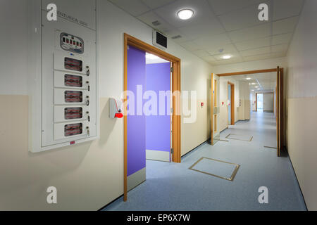 Unoccupied hospital corridor with emergency oxygen supply cut off - Stock Image
