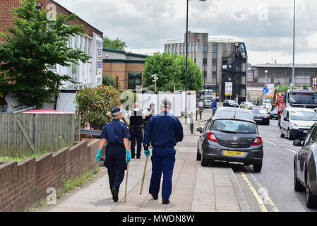 London, United Kingdom. 1 June 2018. A man has been arrested on suspicion of murder following the death of a woman in Brent. Police were called at approximaty 02:32hrs by London Ambulance Service to reports of an unresponsive woman inside a residential address in Neasden Lane, NW10. Officers and LAS attended. A 28-year-old woman was found with stab wounds. Despite the efforts of medical teams, she was sadly pronounced dead at the scene at 02:44hrs. Police arrested a 43-year-old man on suspicion of murder. Credit: Peter Manning/Alamy Live News - Stock Image
